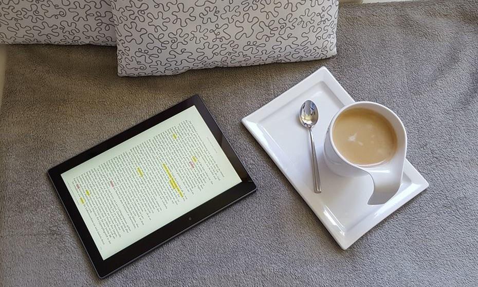Beba café em casa! Aqui a poupança pode oscilar entre os 595€ e os 870€ de média anual, dependendo do tipo de máquina que adquira para fazer café.