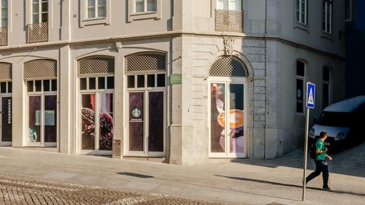 Starbucks abre primeira loja no Porto