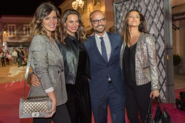 LOULE, PORTUGAL - NOVEMBER 23: From L to R: Portuguese TV presenter Andreia Rodrigues, actress Claudia Vieira, manager of Designer Outlet Algarve Miguel Guerreiro and Portuguese actress Andreia Dinis pose for pictures after arriving for the inauguration event of Designer Outlet Algarve Grand Opening on November 23, 2017 in Loule, Portugal. (Photo by Horacio Villalobos/Getty Images)...