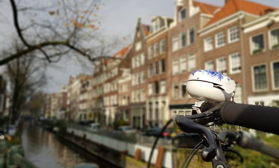 Em dois dias, muito ficará por ver e fazer na capital holandesa, mas ficam garantidos dias de diversão, compras, boa gastronomia e cultura.