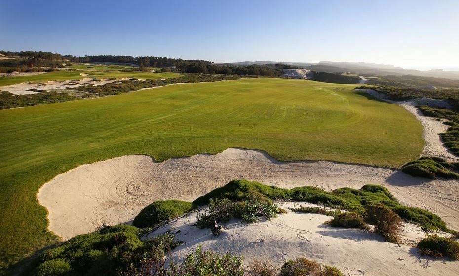 O Campo de Golfe West Cliffs, em Óbidos, foi eleito o melhor novo campo de golfe do mundo.