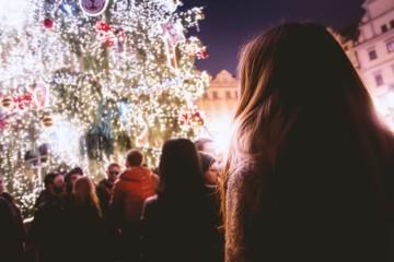Uma das grandes atrações da época natalícia são os mercados de Natal que se instalam por todo o lado. São uma das melhores formas de sentir a magia e a tradição desta quadra. Viaje por estes oito mercados que a momondo diz serem dos mais encantadores do mundo. Uma boa hipótese para a próxima escapadinha?