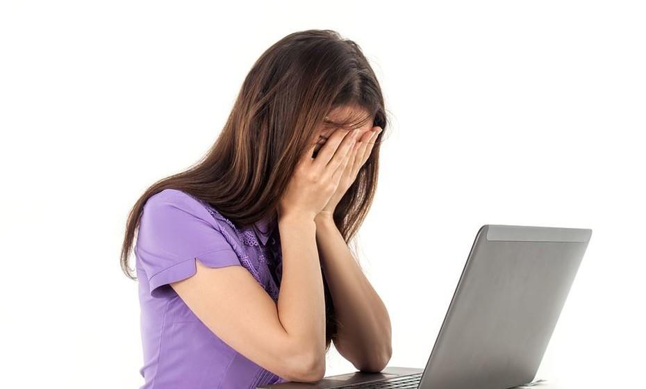 Diminuição da motivação e prazer para as atividades laborais e pessoais, resultando em indiferença emocional.