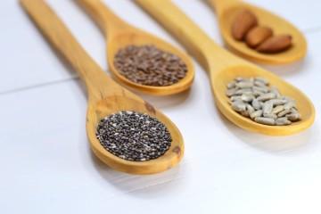 Os produtos naturais fazem cada vez mais parte da nossa alimentação. E as sementes são muito procuradas por quem quer fazer uma alimentação o mais equilibrada possível. Vamos então conhecer as sete sementes de que todos falam, e perceber quais os reais benefícios para a nossa saúde.