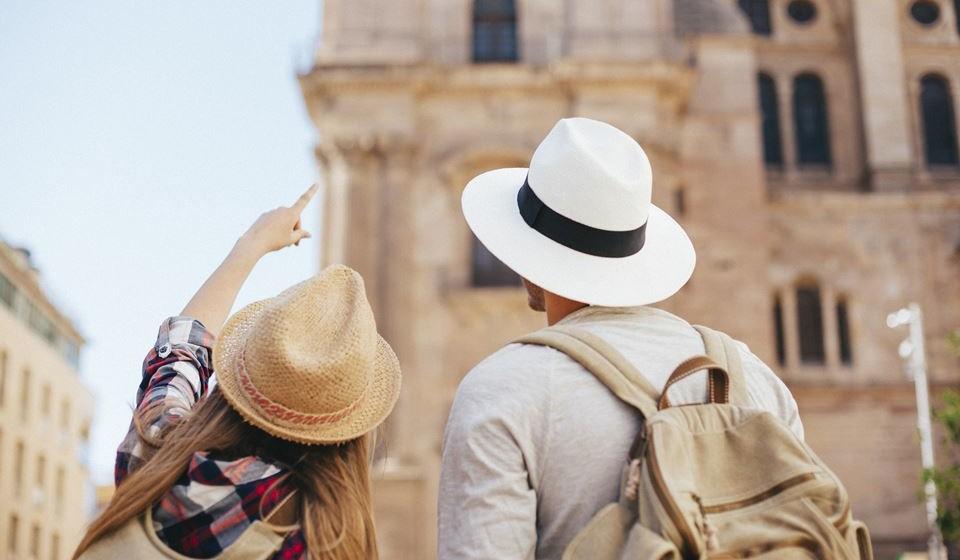 O ano mal começou e há já quem esteja a pensar nos próximos destinos a visitar. Está pronto para conhecer cidades novas? Descubra os melhores monumentos, restaurantes e vistas que a Europa tem para oferecer com as sugestões de escapadelas da momondo.