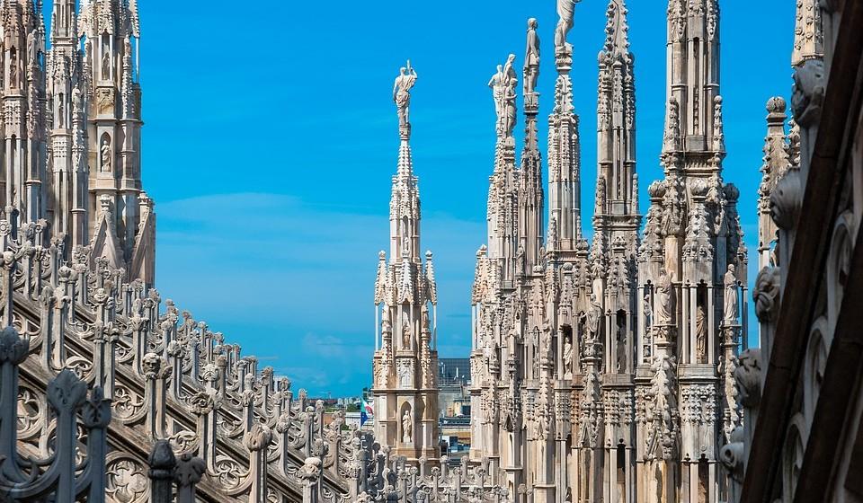 16 – Milão, Itália. Residência principal: 800 / Residência de férias: 931.