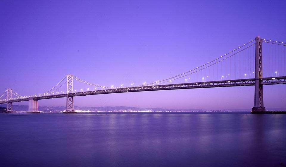 6 – São Francisco, EUA. Residência principal: 2350 / Residência de férias: 4041.