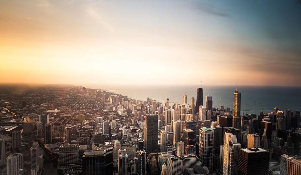 8 – Chicago, EUA. Residência principal: 3100 / Residência de férias: 796.