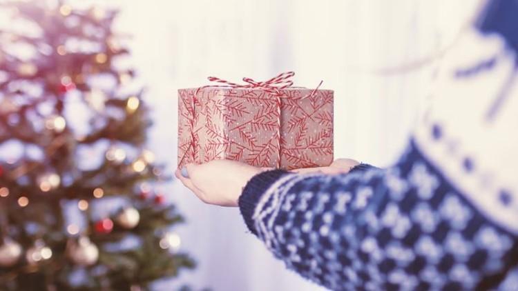 Natal: cresce procura por presentes culturais e brinquedos