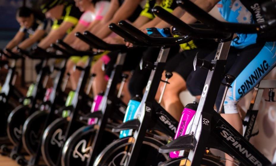 2 – Aulas de grupo -  Esta forma de atividade física continua em alta, pelos resultados obtidos e motivação conseguida em grupo para o treino.