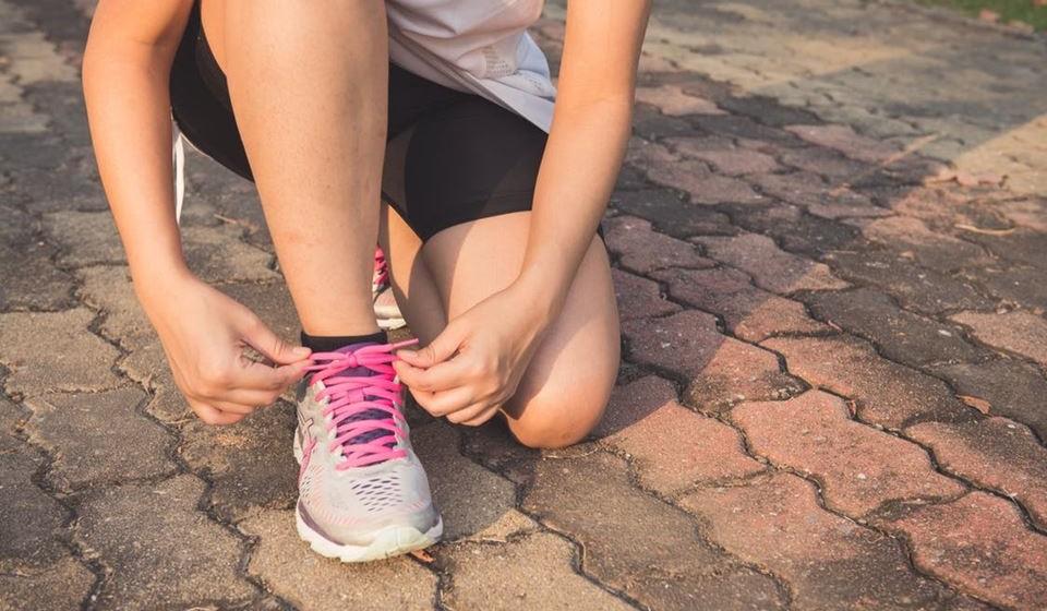 'Estar sentado é o novo fumar' – Aumente a atividade física diária, mexendo-se mais todos os dias. Dê 10 mil passos por dia para uma melhor condição de saúde.