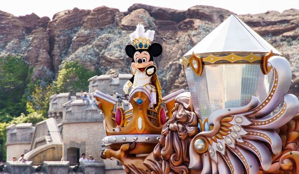 5 – Tokyo Disneyland, Tóquio, Japão