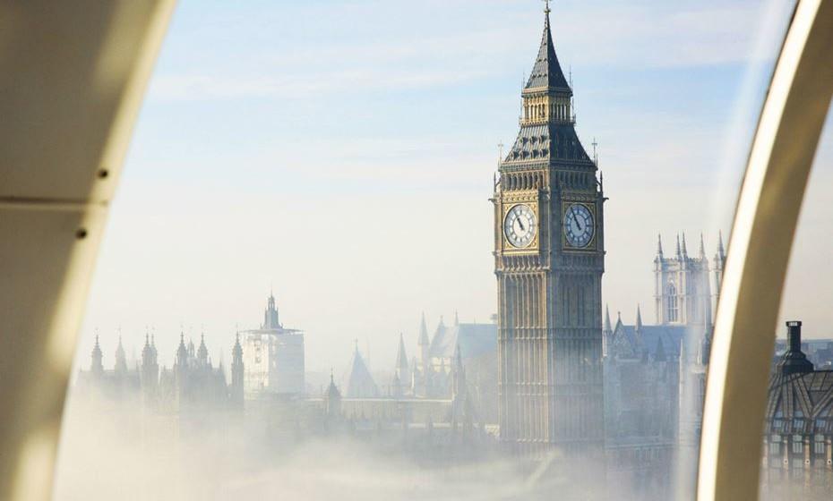 6 – Londres, Inglaterra – Os enamorados que procurem a diversidade, o peculiar e o cool devem escolher esta cidade eclética. Desde espetáculos, a compras, museus, restaurantes de topo, pode encontrar de tudo em Londres.