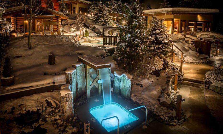 O Scandinave Spa, em Whistler, Canadá, oferece terapias tradicionais para as tensões modernas. Convida os seus visitantes a experimentarem a antiga tradição escandinava de hidroterapia e os seus benefícios energéticos e relaxantes.