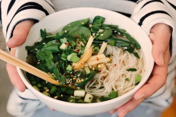 Conhece os princípios da combinação de alimentos? As suas leis podem variar um pouco, dependendo da fonte, mas existem regras comuns e algumas podem efetivamente melhorar a eficácia da digestão.