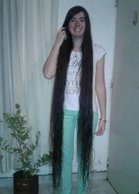 Há um novo recorde insólito… o cabelo mais comprido do mundo