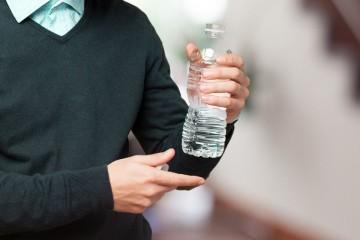 A poluição gerada pelos plásticos é um grave problema que se prevê que duplique nos próximos, caso não se tomem medidas que revertam a situação. Conheça ainda alguns factos sobre o impacto dos plásticos no mundo, revelados pela Organização das Nações Unidas.