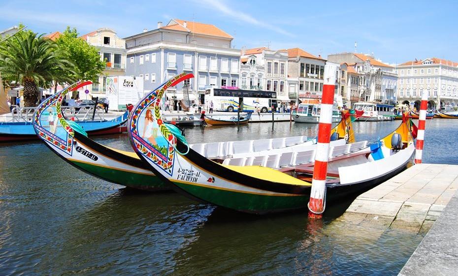 São mais de 200 espetáculos com artistas de 13 países que durante cinco dias animam os canais urbanos da ria de Aveiro. Teatro e artes de rua, instalações artísticas, concertos, performances, workshops e atividades desportivas estão entre as iniciativas previstas. O festival insere-se no processo de candidatura de Aveiro a Capital Europeia da Cultura 2027.