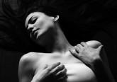 Varia de mulher para mulher e de fonte para fonte. Mas genericamente concorda-se nos vários tipos de clímax sexual que uma mulher pode experienciar. Conheça-os de seguida.