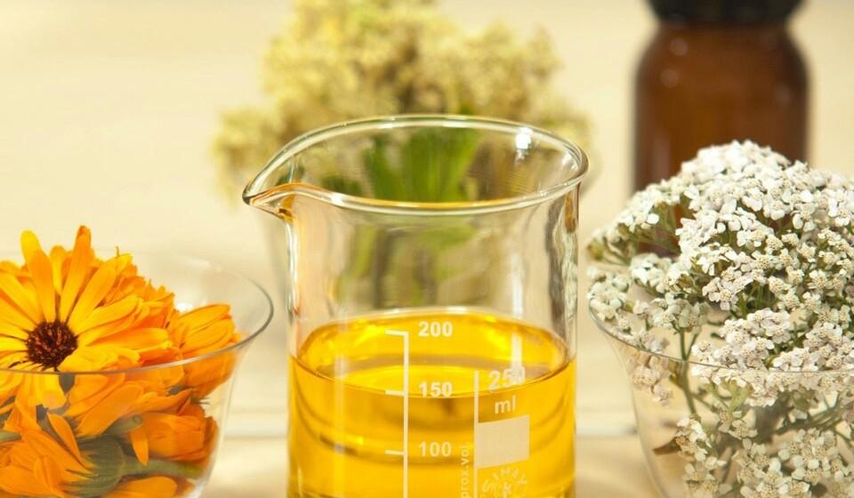 Óleo de orégãos - Este óleo, que tem como principal composto o carvacrol, tem propriedades antioxidantes e antibacterianas. A sua ingestão promove um aumento da produção da dopamina e também tem efeitos antidepressivos.