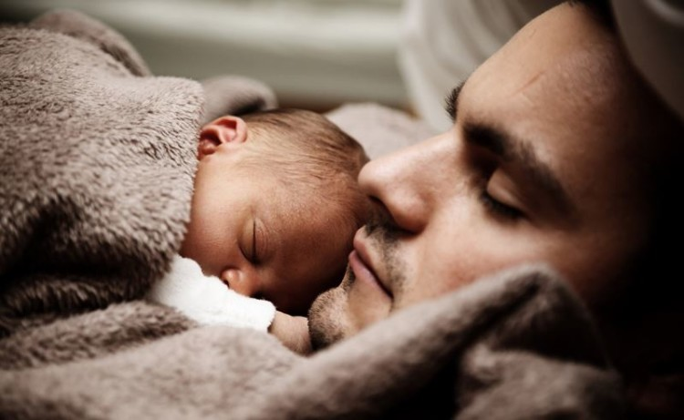 Homens também sofrem de depressão pós-parto