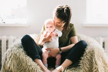 Mães deprimidas afetam saúde dos filhos nos primeiros 10 anos de vida