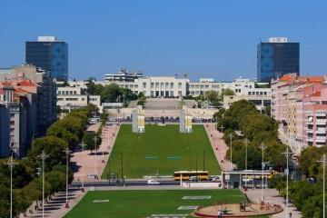Maior slide urbano da Europa pela primeira vez em Lisboa