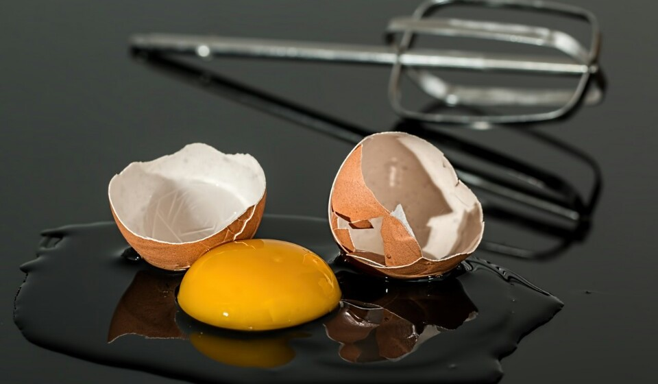 Gemas de ovo - As gemas normalmente são vistas de lado por causa do colesterol mas tenha calma. Se comer em pequenas quantidades o seu colesterol não vai subir. As gemas de ovos são carregadas de vitaminas, minerais e vários nutrientes.