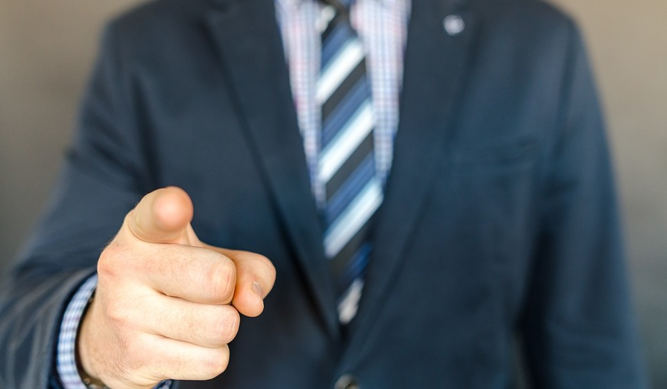 Pense no que odeia: um dos fatores mais importantes para encontrar um emprego que adore é eliminar o que não gosta de fazer. Mas, lembre-se: até mesmo o emprego dos seus sonhos pode implicar alguns deveres menos agradáveis.