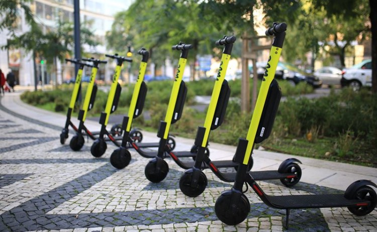 Mytaxi lança projeto piloto de trotinetes elétricas em Lisboa