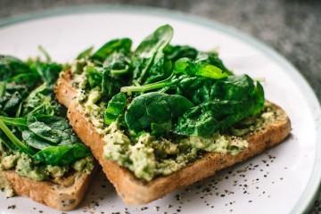 O veganismo não é um conceito novo, mas tem sido alvo de atenção de modo crescente. A informação é cada vez mais abundante e são muitas as pessoas que já aderiram a este estilo de vida. Estas são as principais características da dieta vegana.