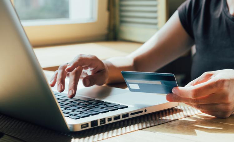 Compras online mais fáceis na UE a partir de hoje