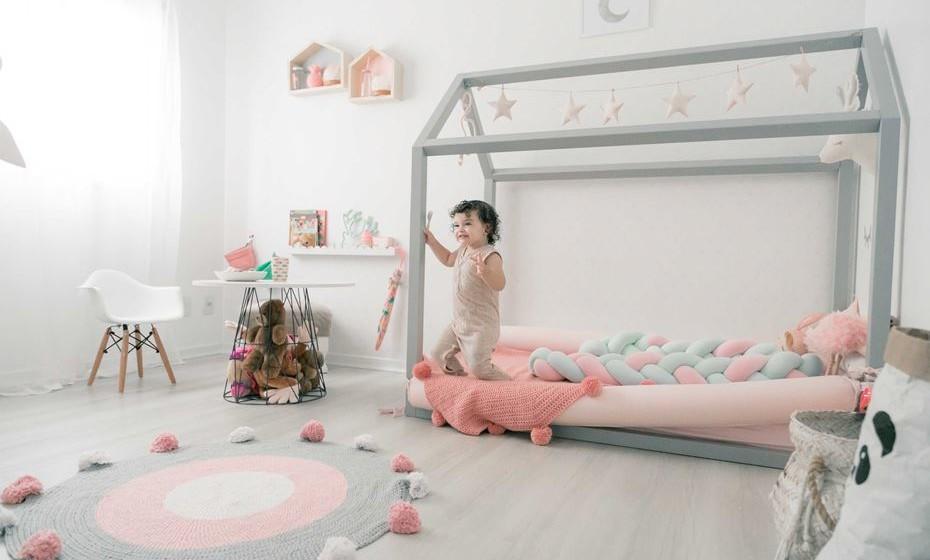 Um exemplo de um quarto Montessoriano com zona de descanso e de brincadeira. Fonte: www.hemomandablog.com