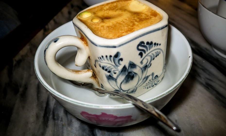 Café com ovo_Miriam Augusto