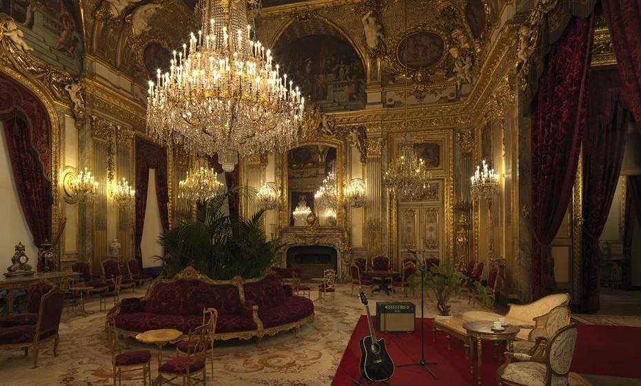 Airbnb x Louvre ©Julian Abrams