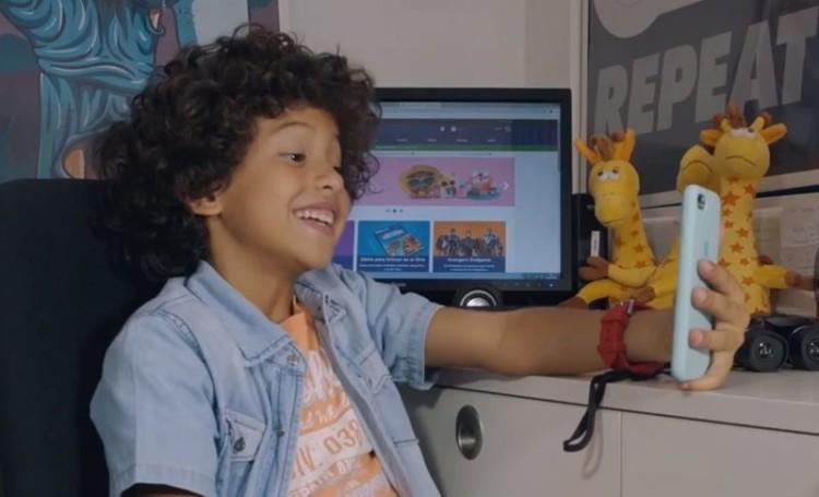 """Toys""""R""""Us cria canal de YouTube para crianças em Portugal"""