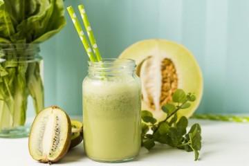 Sumos e batidos: bebidas nutritivas e naturais para o verão