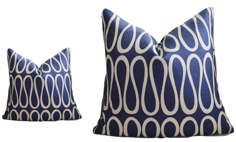 Em almofadas, como estas do Designer Jonathan Adeler. Fonte: Jonathan Adeler