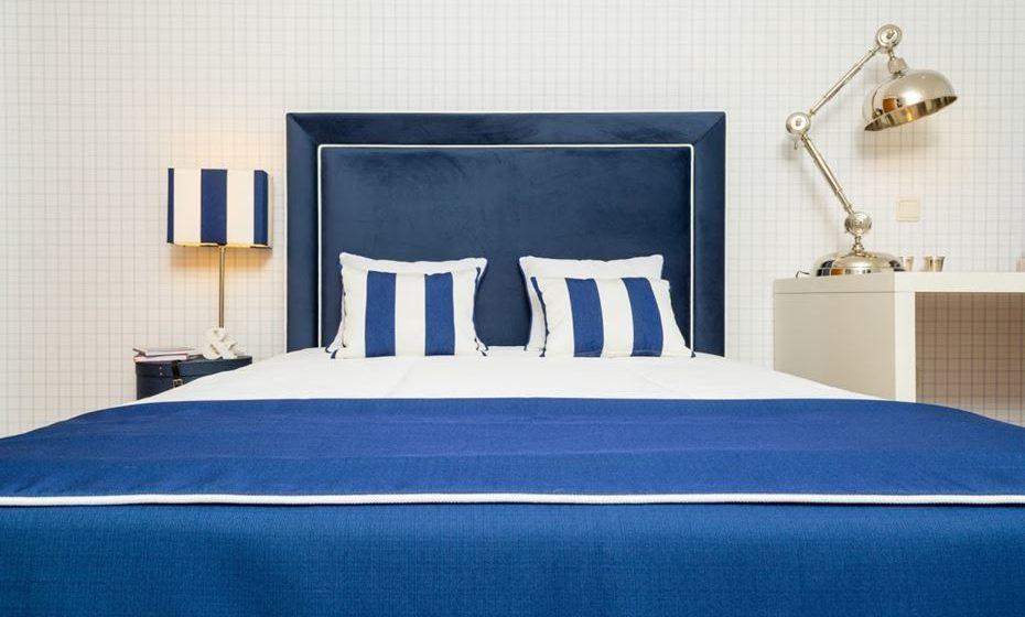 Em cabeceiras de cama e candeeiros. Fonte: Ângela Pinheiro Home Design.