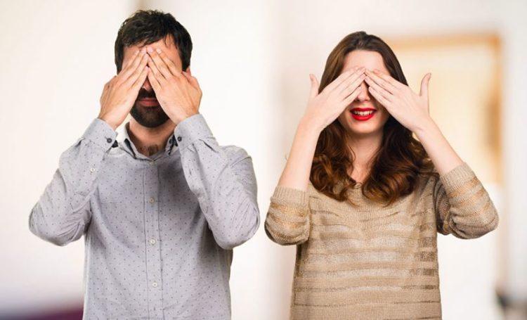 Site prepara encontro às cegas para solteiros