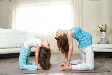 A propósito do Dia Internacional do Yoga, a instrutora Tatiana Buhrnheim explica qual a importância da prática para os mais novos.