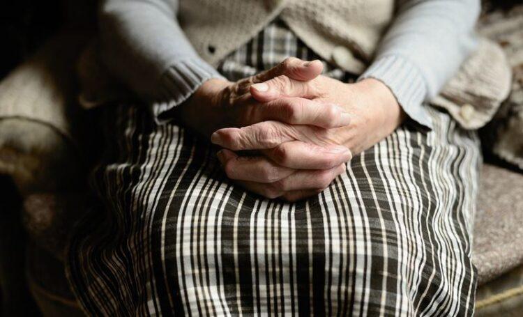 Dia Internacional das Viúvas: 10% das 258 milhões de viúvas no mundo sem meios de subsistência