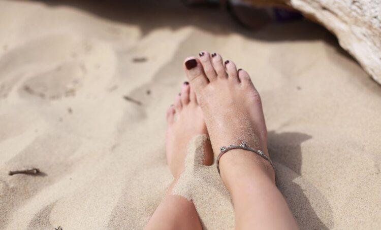 Calor e transpiração podem originar micoses nos pés