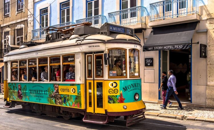 Transportes, museus e descontos: Região oferece Lisboa Card na compra de estadias