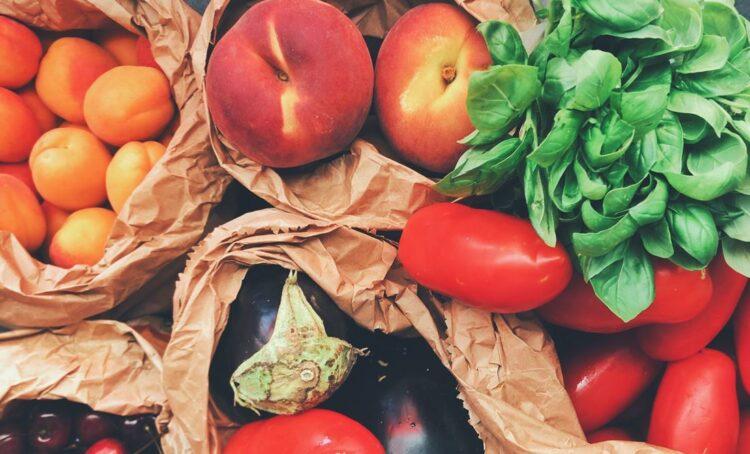 Saiba quais são os 20 frutos e legumes mais ricos em água