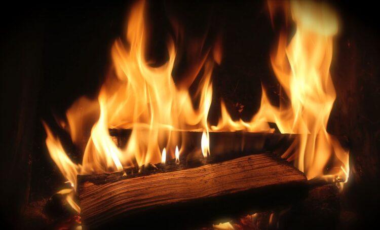 ZERO alerta para risco da excessiva queima de lenha para o ambiente e saúde das populações
