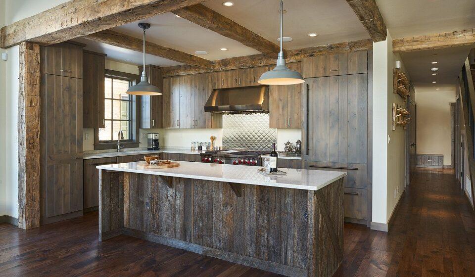 3. Cozinha Eco-natural - madeiras com as suas próprias cores