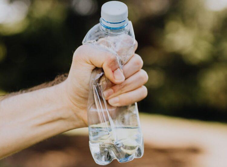 Combater a poluição do plástico é o mote do Dia Mundial dos Direitos do Consumidor 2021