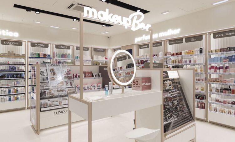 Novo conceito reúne perfumaria, beleza e saúde em lojas físicas e online
