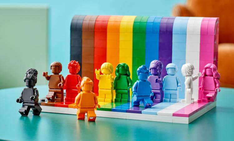 Novo set da LEGO celebra a diversidade dos fãs